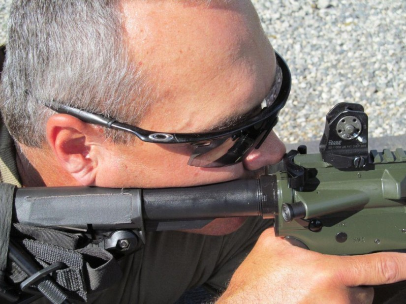 Paul Howe shooting Nose to Charging Handle (NTCH)